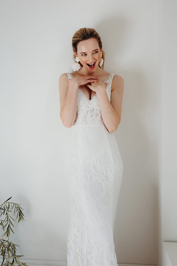 Rosie V Neck Lacey Wedding Dress