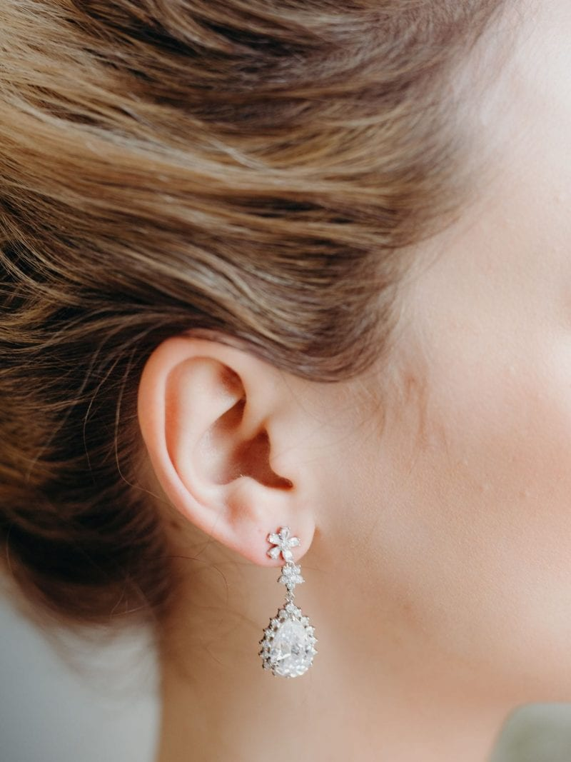 Ivonne crystal pendant earrings
