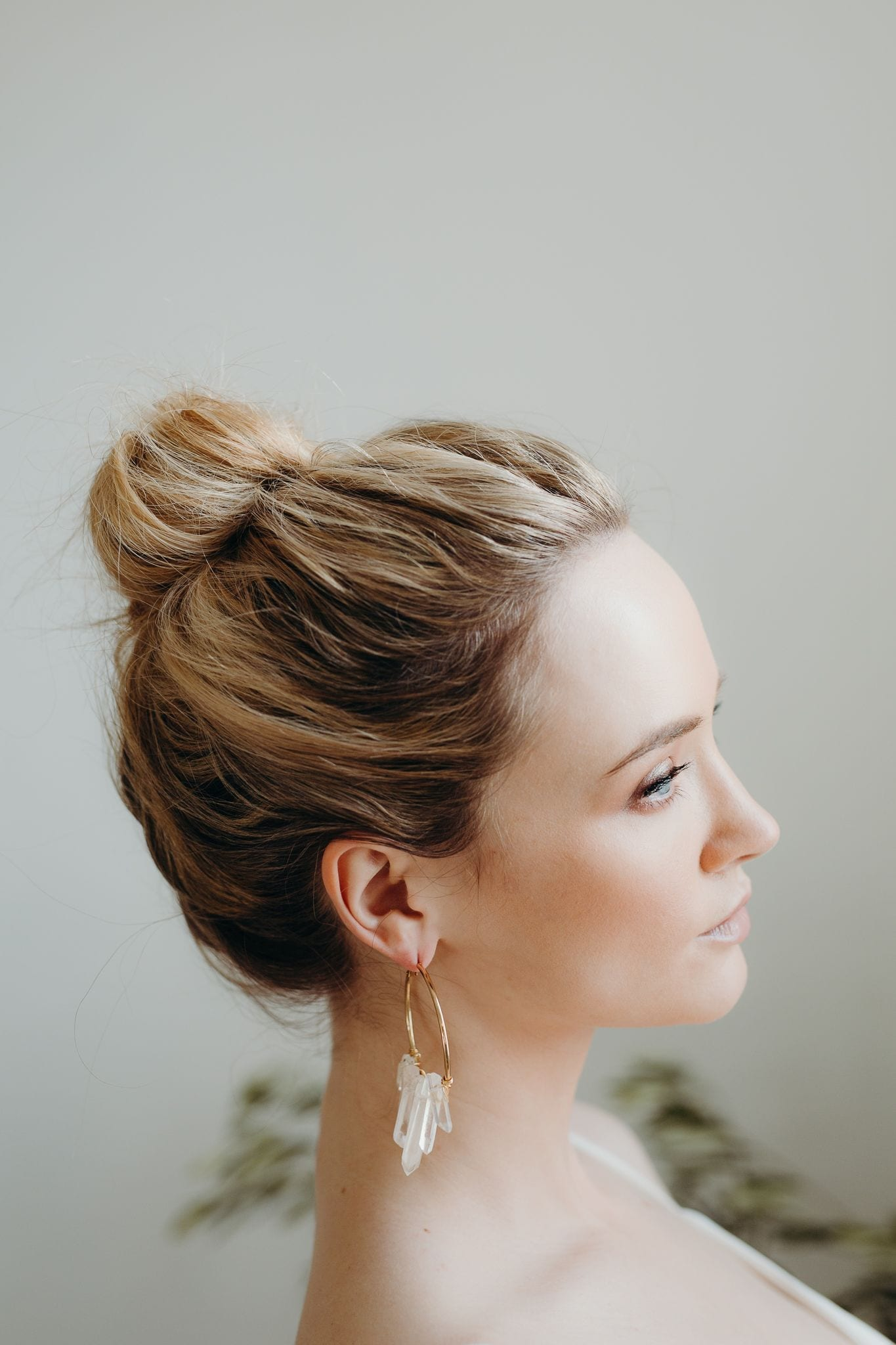 C:\Hera Bridal Limited Dropbox\Marketing Manager Workbook\Daisy by Katie Yeung\Daisy Imagery\Daisy Styled shoots\2019\Daisy Lopdell House Day 1,2,3\Day 3 Accessories - LR for web - categorised\Quartz Hoop Earrings by A.B Ellie